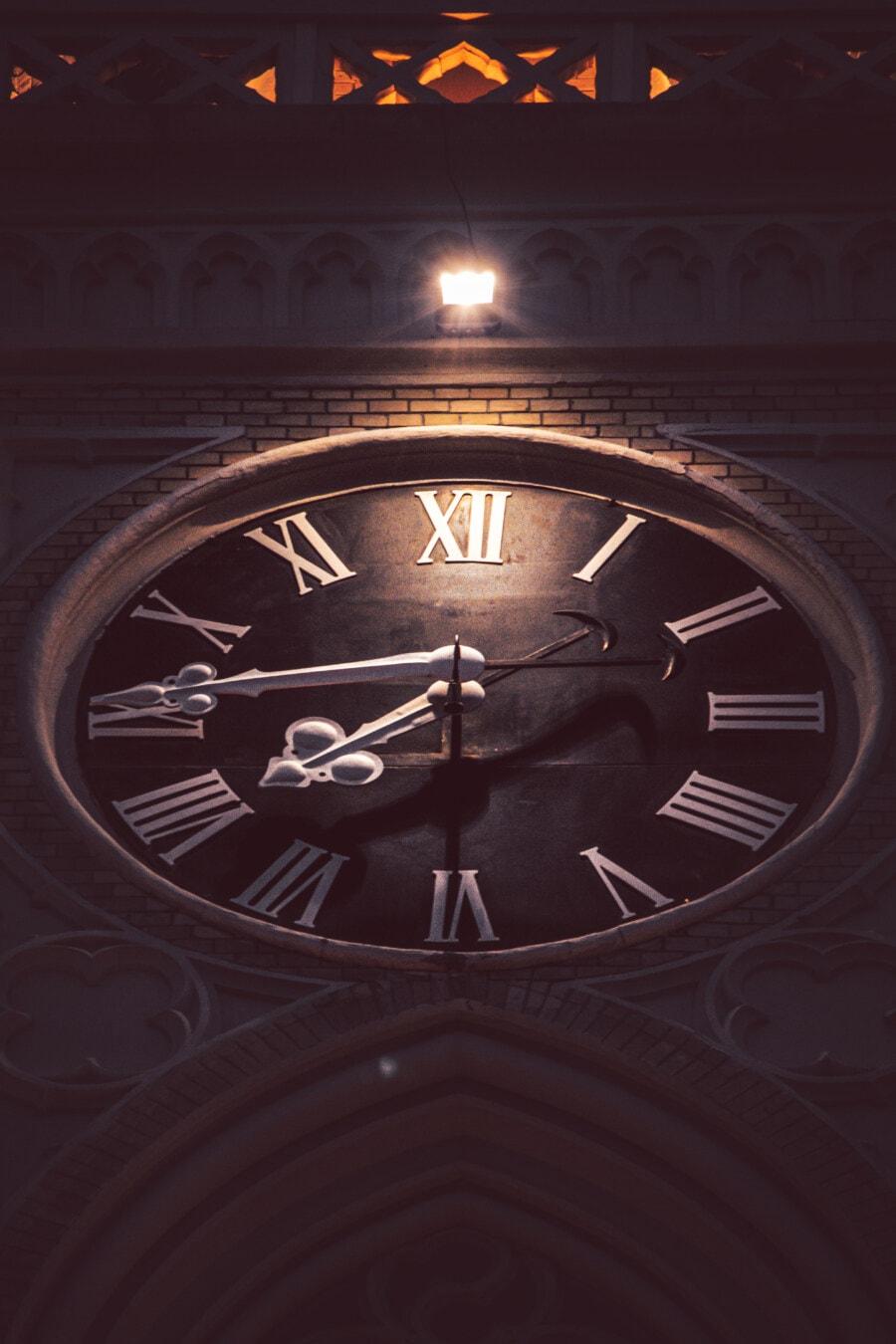 horloge analogique, style ancien, cathédrale, nuit, nuit, temps, horloge, minuit, retro, lumière