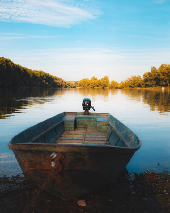 riverbank, motorboat, river boat, placid, lakeside, calm, empty, boat, water, shore