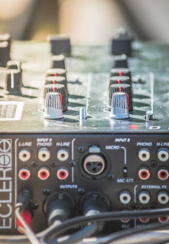 analog, amplifier, mixer, electronics, intensity, sound, music, volume, equipment, switch