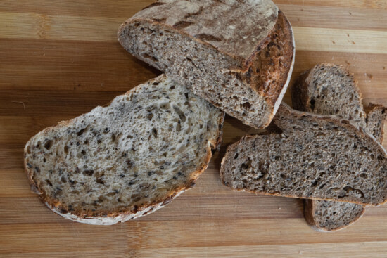wholemeal flour, wholemeal bread, bread, slices, close-up, kitchen table, homemade, rye, wood, flour