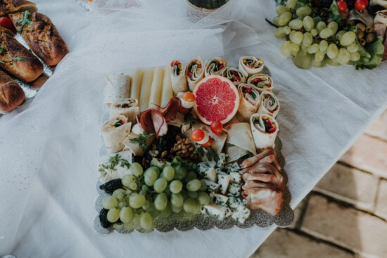 banquet, food, buffet, grapefruit, snack, grapes, cheese, delicious, garnish, fruit