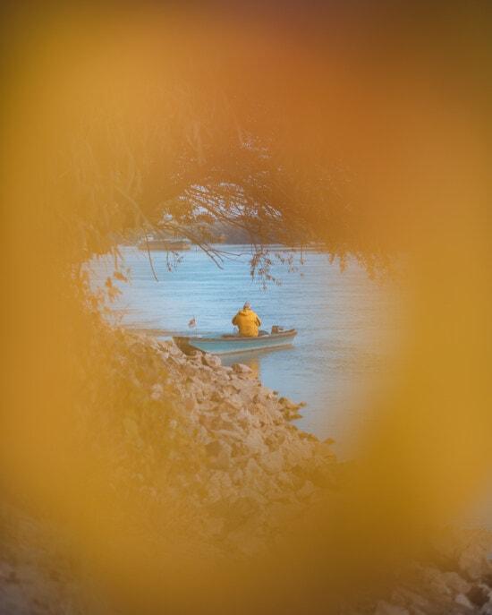 낚시, 낚시 보트, 레크리에이션, 노인, 남자, 휴식, 자연, 노란색, 풍경, 호수