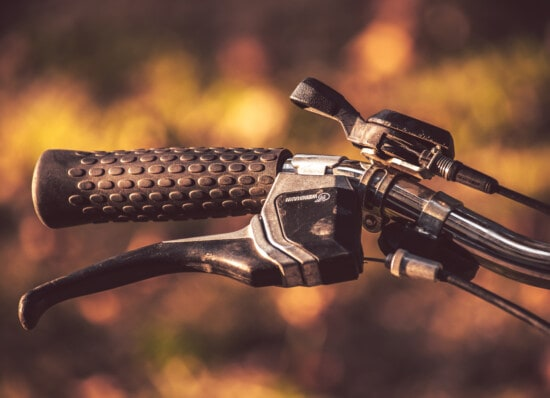 gearshift, bicycle, old style, classic, steering wheel, close-up, chrome, detail, gauge, steel
