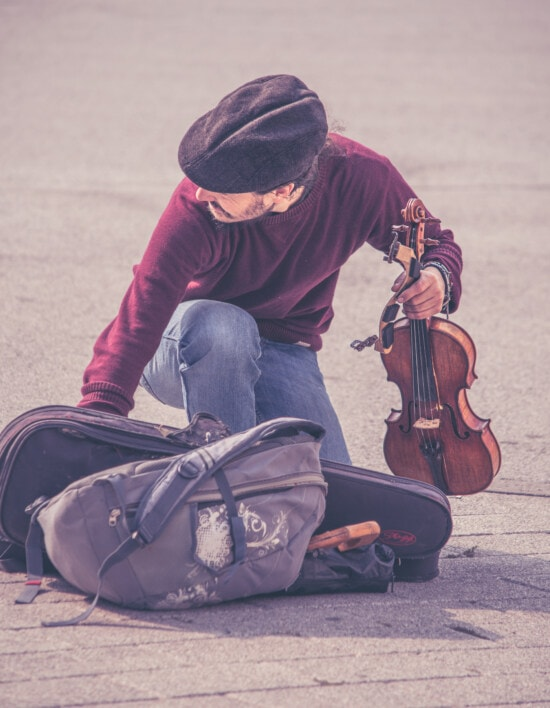 музикант, скрипка, камера, багажу, музика, вулиця, людина, інструмент, портрет, дорога