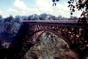 залізниця, міст, ведуть, Родезії, Замбія, з видом на Замбезі, річка, Вікторія, падає