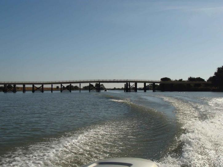 beldens, landing, bridge, montezuma, slough, boats, foreground