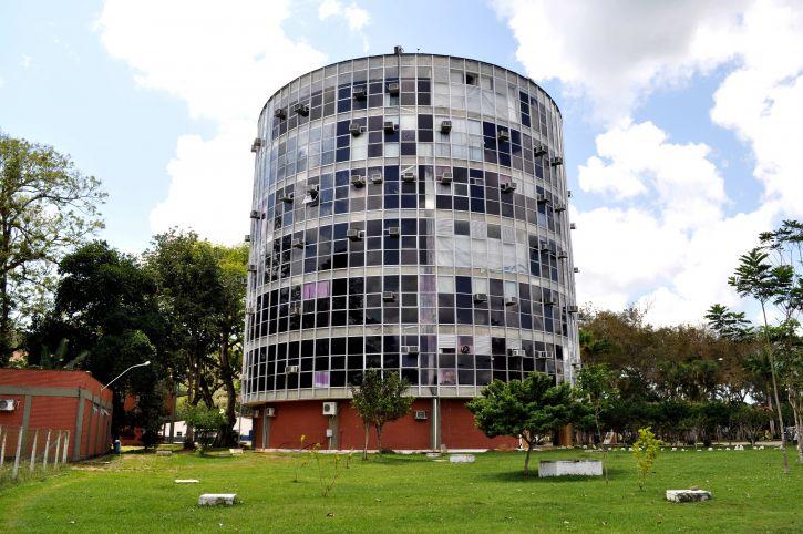 building, circular, shape