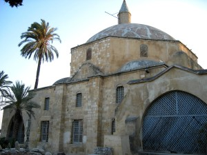 hala, sultan, tekke, mosque, Larnaca, grounds, deteriorated, humid, climate