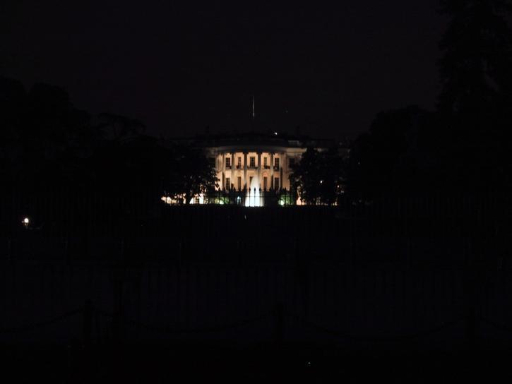 white, house, night