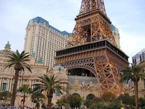 Айфел, кули, Вегас, Париж