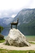 fer, cerf, statue