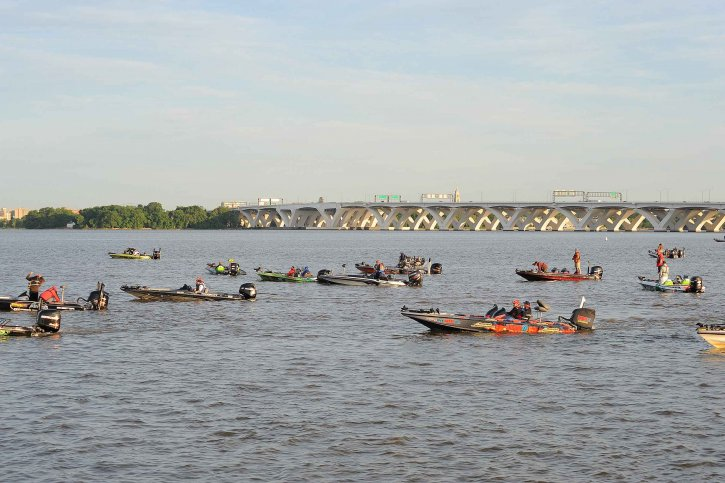group, speedboats, tournament, ride