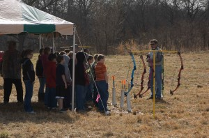 event, leader, speaks, group, teens, archery, event
