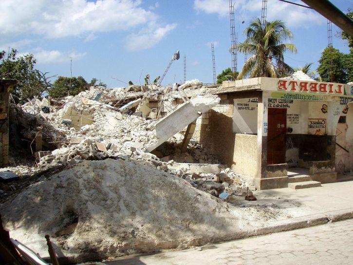 zgrada, Razorni potres