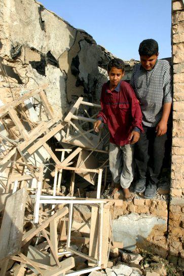 djece, ostavite, krš, učitelj, obuku, pokretanje, Samawah, Irak