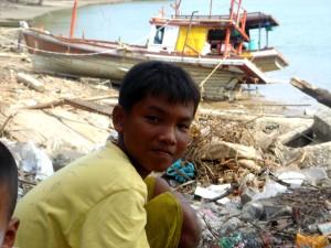 tsunami, les mathématiques, la Thaïlande, garçon, nettoyage, plage, débris