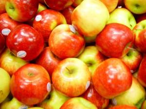 brillant, pommes rouges