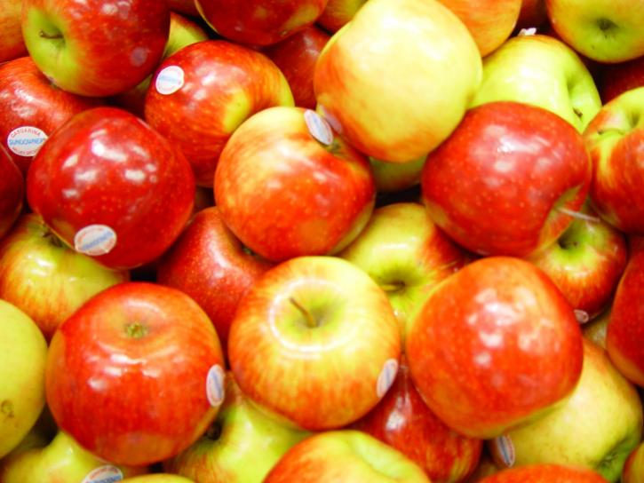 shiny, red apples