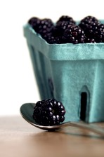 blackberries, front, teaspoon, holding, single, berry
