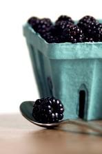 blackberries, front, teaspoon, holding, single, berry