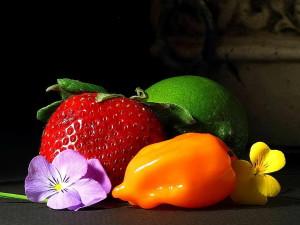 gyümölcsök, eper, srawberry, lime, paprika