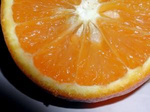 saftig, oransje