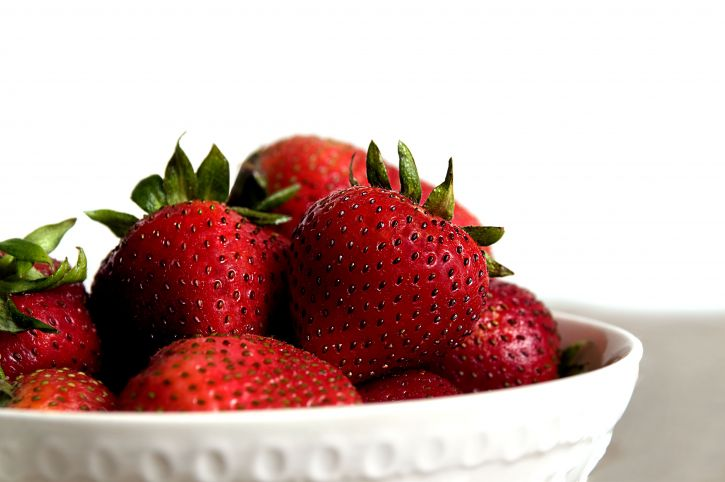fresh fruit, up-close, food, strawberries