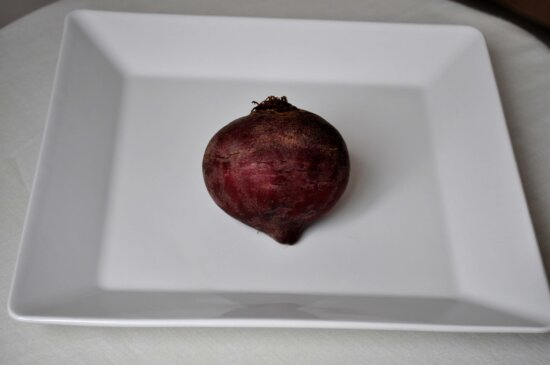beetroot, vegetables, white plate