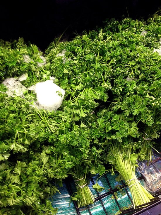 curly, parsley, petroselinum, crispum, arranged, stack, bunched, groupings