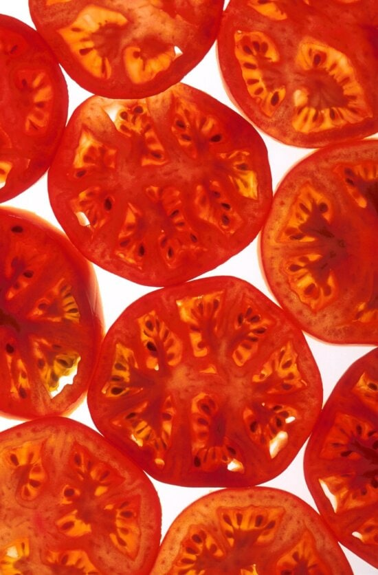 sliced, tomatoes