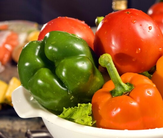 two, orange, bell peppers, green, bell pepper, two, tomatoes, lettuce