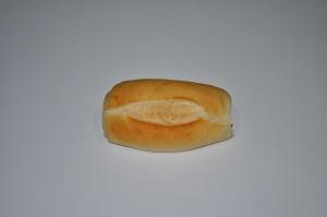 petit pain, fond blanc