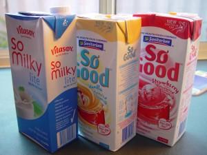 cajas de cartón, leche