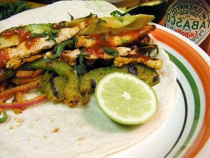 chicken, fajitas, limes