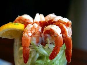 shrimp, cocktail, lemons, lettuce, seafood