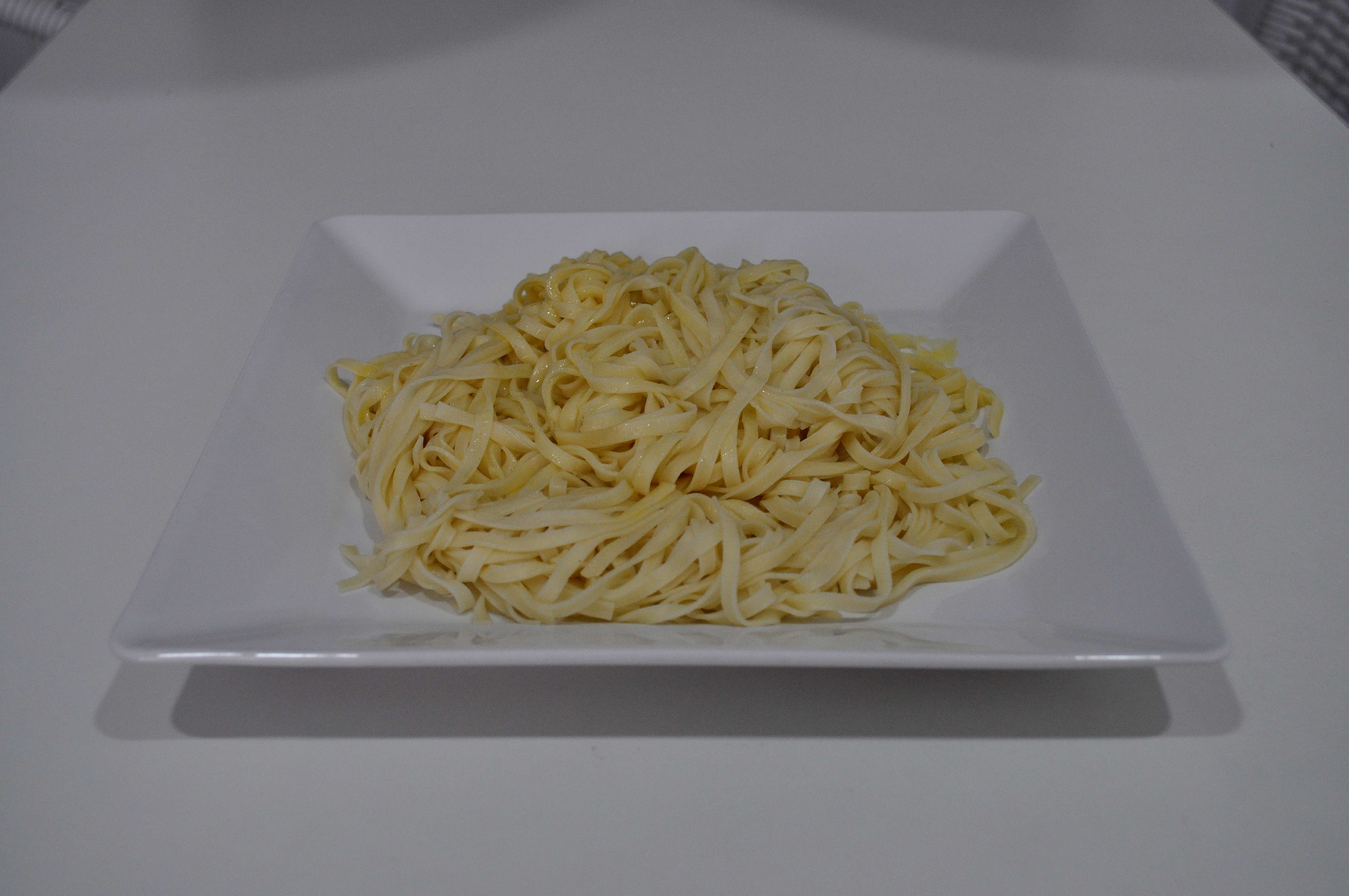 Free photograph; cooked, pasta, noodles