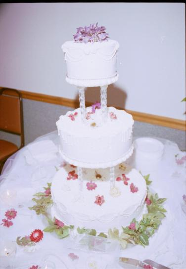 How Big Should A Wedding Cake Be For 200 Guests Free Picture