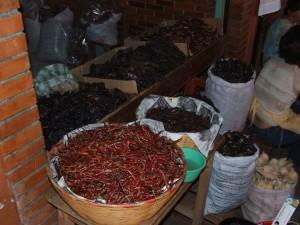 séchées, piments, marché