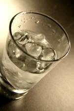 bebendo, vidro, preenchida, Primavera, bebendo, água, gelo, cubos