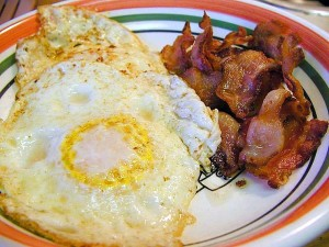 œufs, bacon, petit-déjeuner
