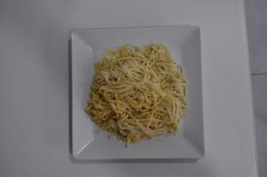 pasta, nuudelit, valkoinen kilpi