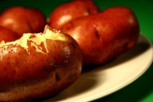 plaque, au four, rouge, peau, pommes de terre