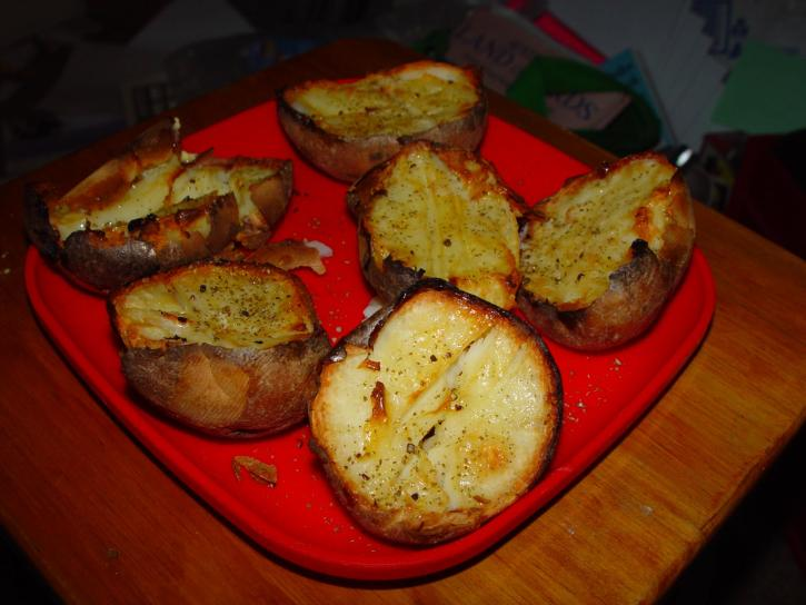 potatoes, chernobyl, red, plastic, plate