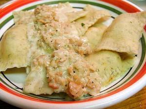 ravioles, les palourdes, les sauces, la nourriture, le dîner, la cuisine