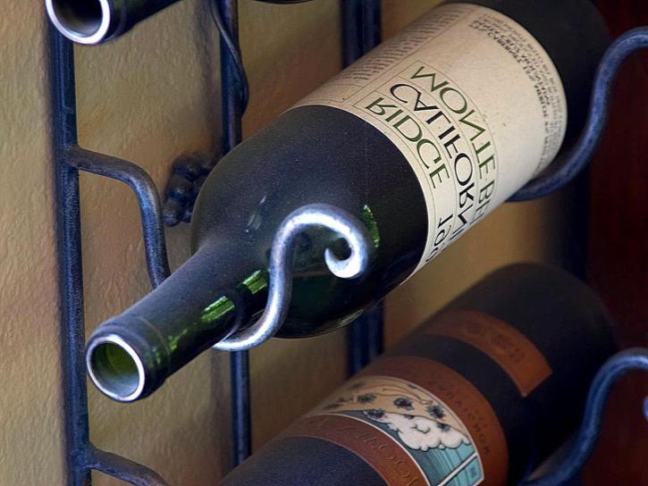 víno, láhve, stojan na