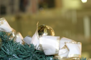 golden, Christmas, bauble, white, ribbon
