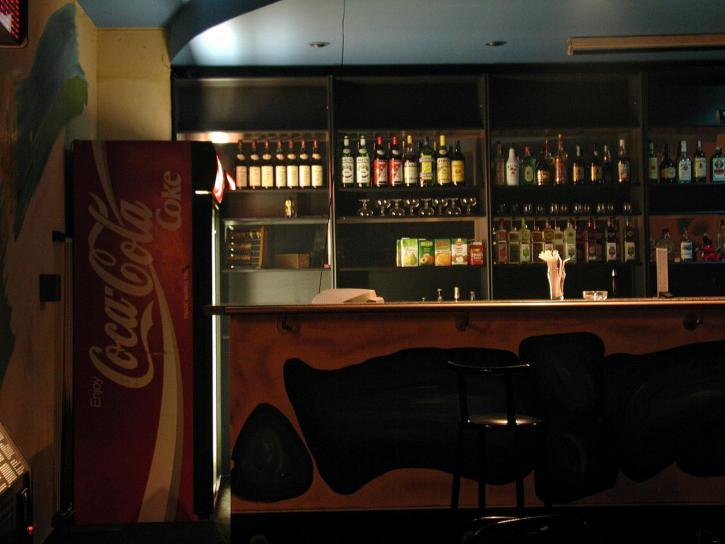 Bar, Club