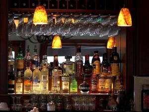 liqueurs, bars