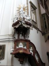 propovjedaonica, zid