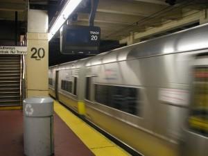 rail, station, souterrain, intérieur